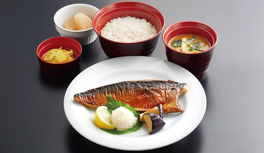 国産鯖の塩焼き定食
